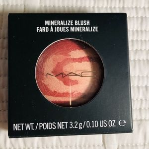 MAC Ring of Saturn Mineralize Blush - LE Rare